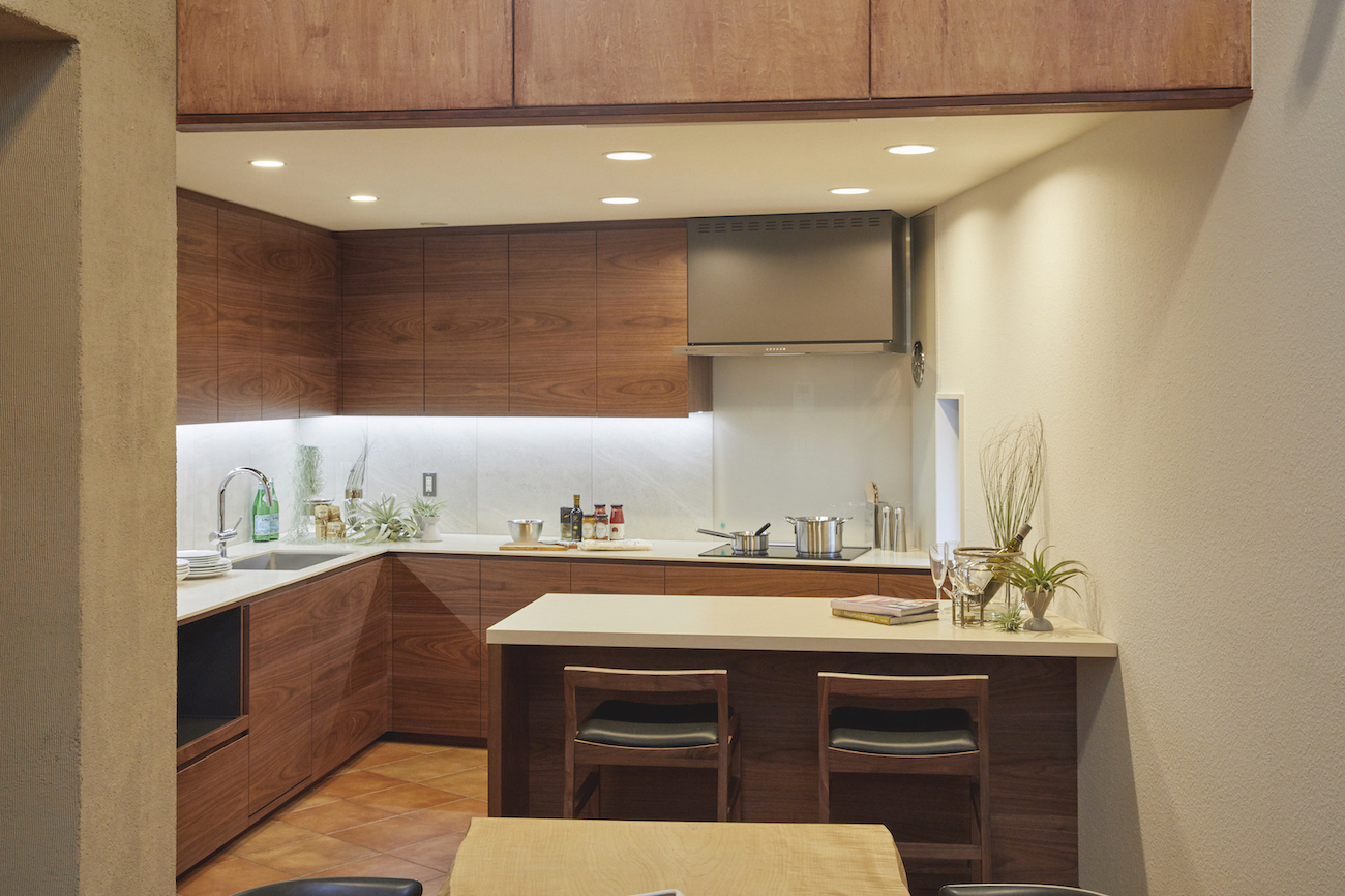 KITCHEN 001